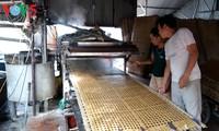 Die Herstellung von Glasnudeln im Dorf Cu Da