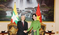 KPV-Generalsekretär Nguyen Phu Trong trifft Myanmars Staatsberaterin Aung San Suu Kyi