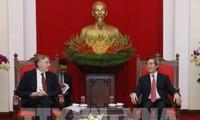 Nguyen Van Binh empfängt den Vorsitzenden des Handelsausschusses des EU-Parlaments