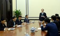 Staatspräsident Tran Dai Quang tagt mit Leitern des APEC-Geschäftsberatungsrates