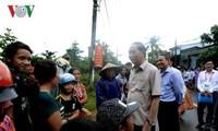 Staatspräsident Tran Dai Quang überprüft die Beseitigung der Flutfolgen