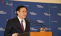 Vizepremierminister Vuong Dinh Hue tagt mit Sozialversicherungsbehörde