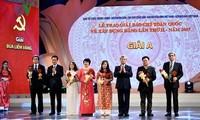 Verleihung des Pressepreises zum Parteiaufbau