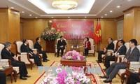 Truong Thi Mai trifft Vertreter des vietnamesischen Protestantenvereins