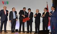 KPV-Generalsekretär Nguyen Phu Trong trifft führende französische Unternehmen