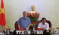 Das ständige Mitglied des KPV-Sekretariats Tran Quoc Vuong besucht Dak Lak