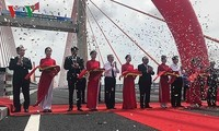 Einweihung der Autobahn Halong-Haiphong