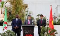 Zahlreiche Aktivitäten zum Nationalfeiertag in der Schweiz, in Chile und Algerien