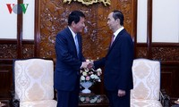 Staatspräsident Tran Dai Quang empfängt Vietnam-Japan-Sonderbotschafter Sugi