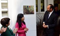 Edouard Philippe nimmt an Einweihung des französischen Gesundheitszentrums teil