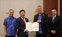 Aktivitäten von Vizepremierminister Pham Binh Minh im Rahmen des APEC-Gipfels