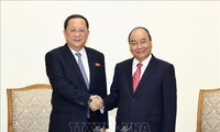 Premierminister Nguyen Xuan Phuc empfängt Nordkoreas Außenminister Ri Yong –ho