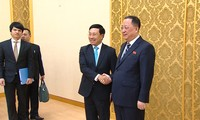 Vizepremierminister Pham Binh Minh besucht Nordkorea