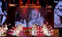 Konzert zum 129. Geburtstag von Präsident Ho Chi Minh