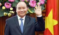 Premierminister Nguyen Xuan Phuc nimmt an Konferenz für Wissenschaft, Technologie und Innovation teil
