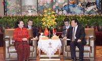 Parlamentspräsidentin Nguyen Thi Kim Ngan trifft den Sekretär der Parteileitung der chinesischen Provinz Jiangsu