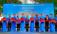 Fotoausstellung über den vietnamesischen Gewerkschaftsbund