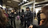 比利时发生连环恐怖袭击事件后 欧洲各国加强保安工作
