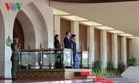 越南国家主席与文莱苏丹博尔基亚举行会谈