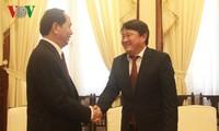 陈大光会见蒙古国驻越大使恩科巴特