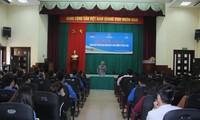 越南有关方面举行青年与民间外交和生活技能方向专项座谈会