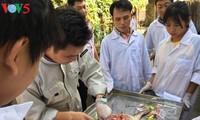 热心于为大学生创造就业机会的青年老师阮文明