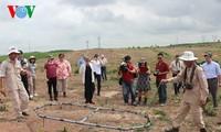 帮助边界各乡地雷受害者发展经济