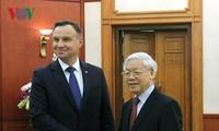 进一步加强越南与波兰的关系