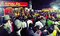 Stempelfest am Tran-Tempel in Nam Dinh