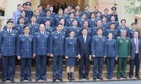Staatspräsident Truong Tan Sang besucht die Meerespolizei