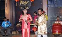 Folkloristische Kunstprogramme in Hoi An