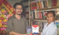 Nguyen Quang Thach, ein fleißiger Büchersammler