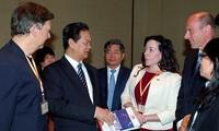 Vietnamesisches Unternehmensforum 2014 eröffnet