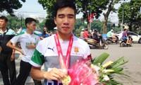 """1300 Menschen beteiligen sich am Laufwettbewerb der Zeitung """"Neues Hanoi"""""""