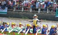 2. Ghe Ngo Bootsrennenfest für die Region des Mekong-Deltas  in Soc Trang