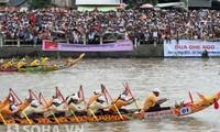 Das Ngo-Bootsrennen der Khmer in Soc Trang