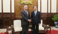 Staatspräsident Tran Dai Quang trifft Botschafter Weißrusslands