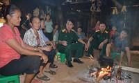 Kultur der ethnischen Minderheiten in Vietnam um den offenen Ofen