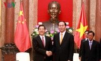 Staatspräsident Tran Dai Quang trifft Chinas Polizeiminister Guo Shengkun