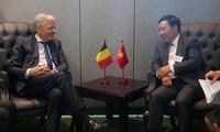 Außenminister Pham Binh Minh trifft Außenminister einiger Länder bei UN-Vollversammlung