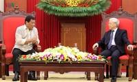 Philippinischer Präsident Duterte schließt offiziellen Vietnam-Besuch ab