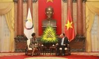 Staatspräsident Tran Dai Quang trifft Generalsekretärin der Francofonie Michaëlle Jean