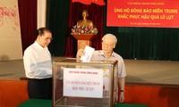 KPV-Generalsekretär Nguyen Phu Trong spendet für Flutopfer in Zentralvietnam