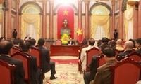Staatspräsident Tran Dai Quang trifft Vertreter kleiner und mittelständischer Unternehmen