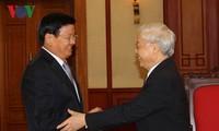 KPV-Generalsekretär Nguyen Phu Trong empfängt Laos Premierminister Thongloun Sisoulith