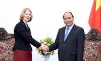 Premierminister Nguyen Xuan Phuc empfängt Botschafter aus Neuseeland und Slowenien