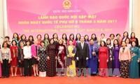 Parlamentspräsidentin trifft Botschafterin und Leiterin internationaler Organisationen in Vietnam