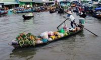 Der schwimmende Markt Nga Nam in der Provinz Soc Trang