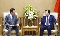 Vietnamesische Regierung schafft günstige Bedingungen für Investoren