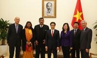 Vizepremierminister Vu Duc Dam empfängt Vertreter des SOS-Kinderdorfs International
